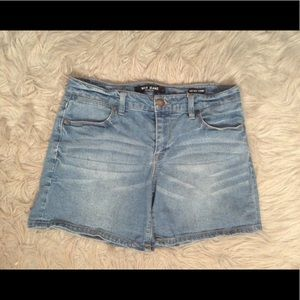 Blue Denim Mid-rise Shorts